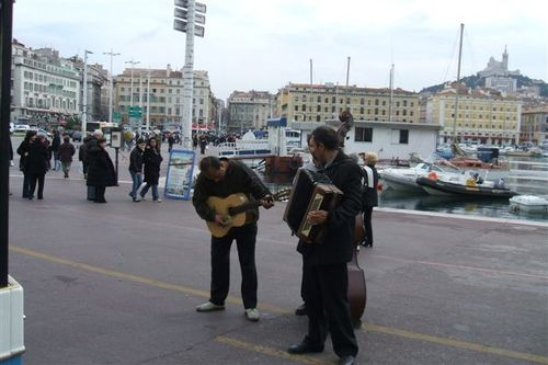Marseille - Accordion!  Played while waiting for the train