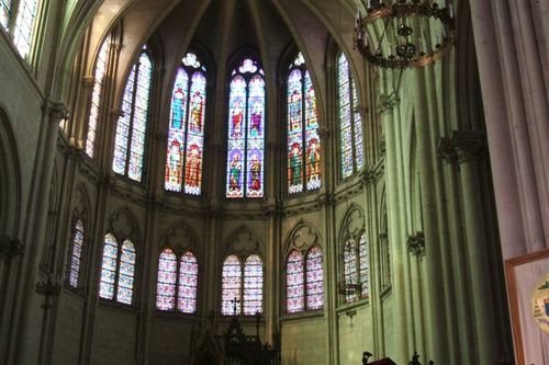 Montpellier - cathedral stained glass