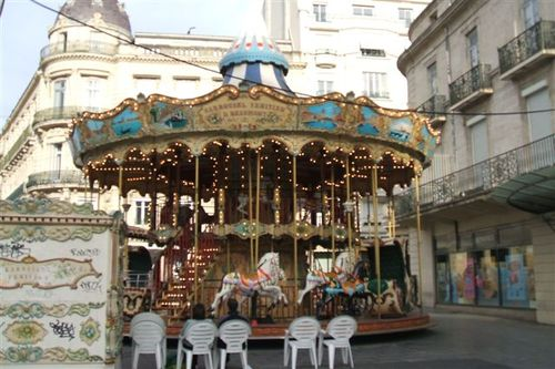 Montpellier - Merry go round in the square