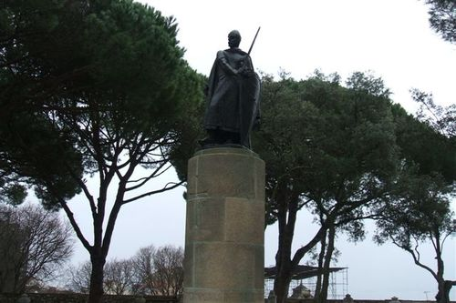 Statue at St Georges Castle