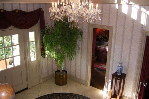 Southfork foyer