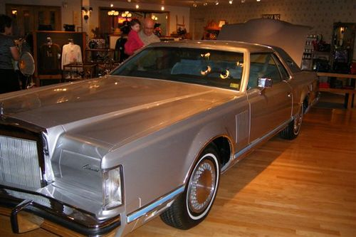 Jock Ewing's Lincoln - could have fit everything in that for the drive down!